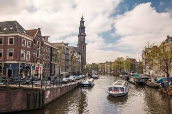 amsterdam-1089650_960_720