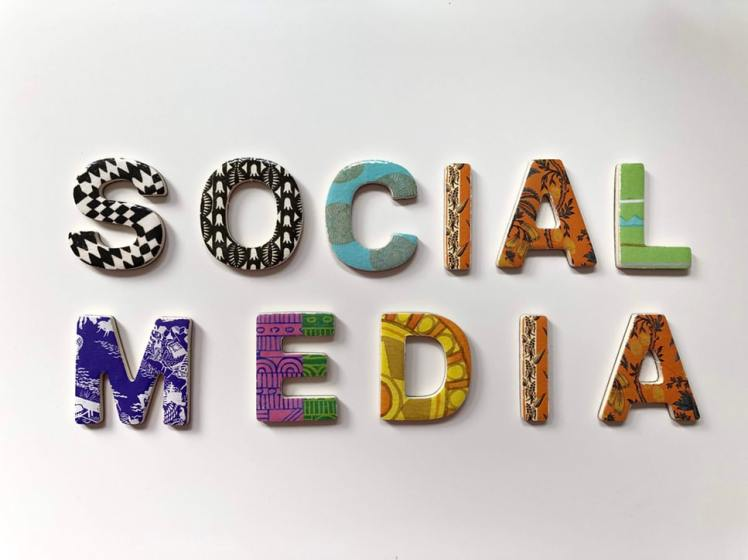 Social Media Colorful Alphabet Merakist